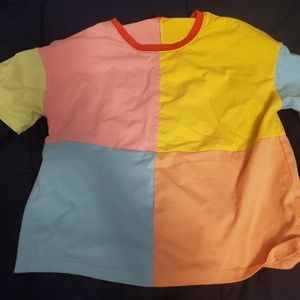 Multicolored t shirt